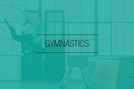 Hos Stræk og Bøj finder du et stort udvalg af gymnastikdragter, gymnastiksko og gymnastiktøj.